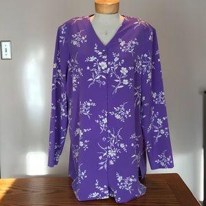 NWT Susan Graver Purple/white blouse. Size Xlarge